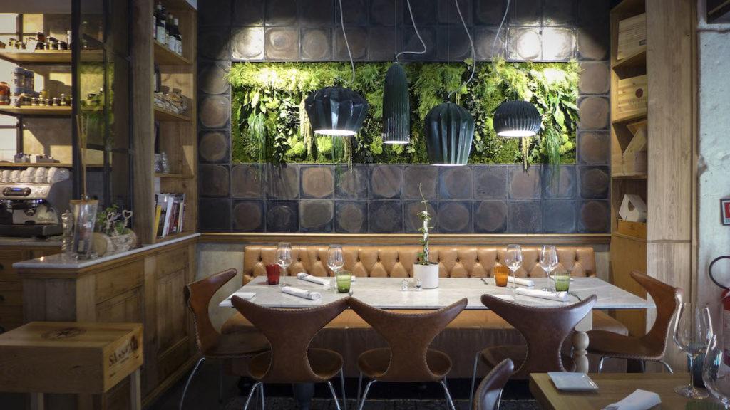 Progetto Illuminazione Ristorante : Lampade e pannelli fonoassorbenti per ristoranti illuminazione e