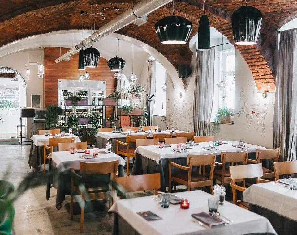 SAHARA illuminazione per ristoranti