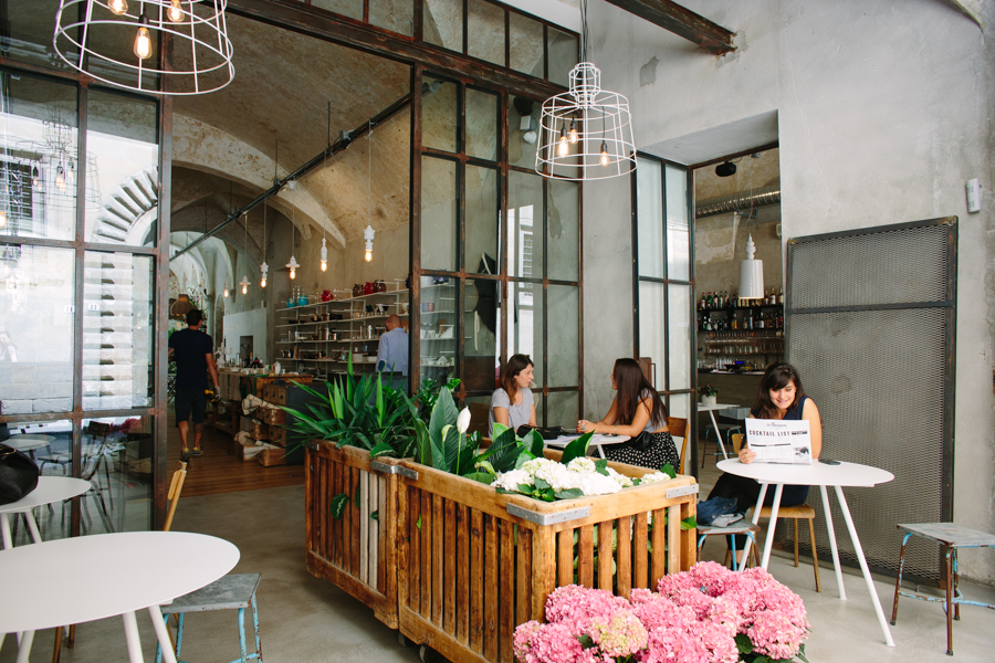 Sisma contract lighting restaurants