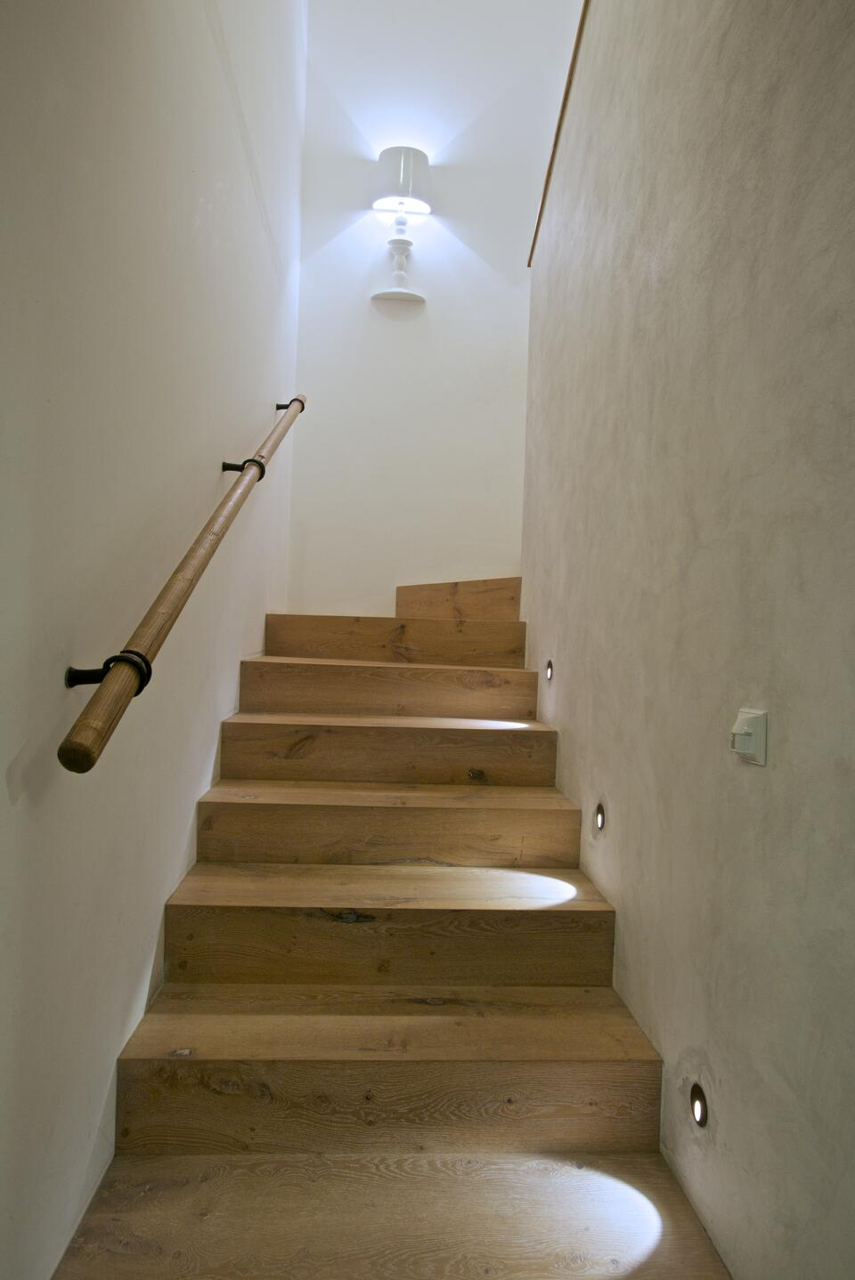 Alì e Babà How to illuminate an internal staircase