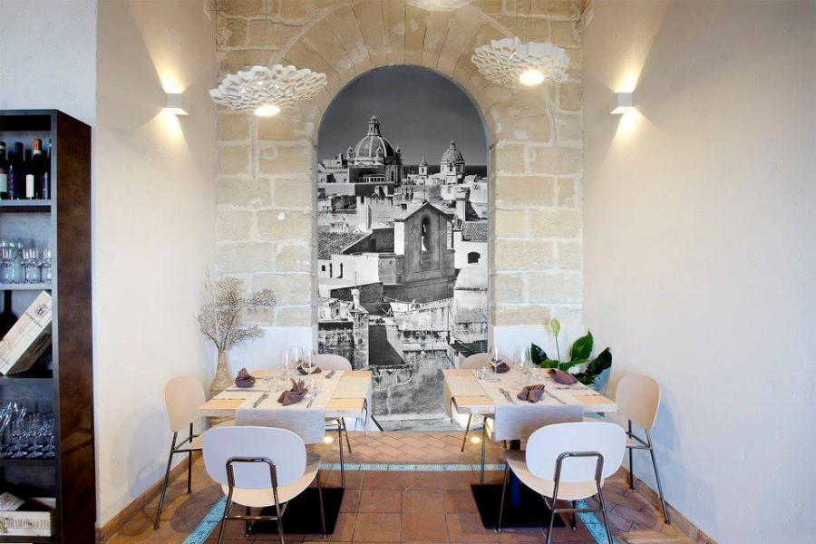Illuminare il tavolo di un ristorante - Notredame by Karman