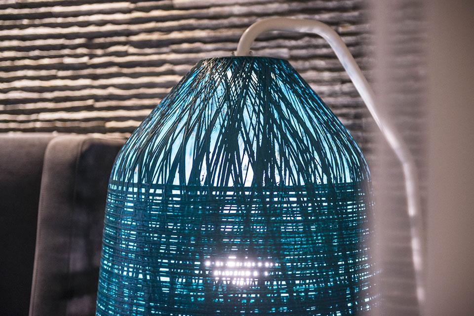 lampada personalizzata blackout