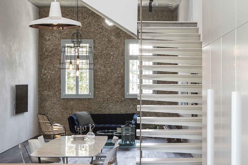 Progetto d'illuminazione per un soggiorno moderno: cosa non può mancare Gangster e Sisma