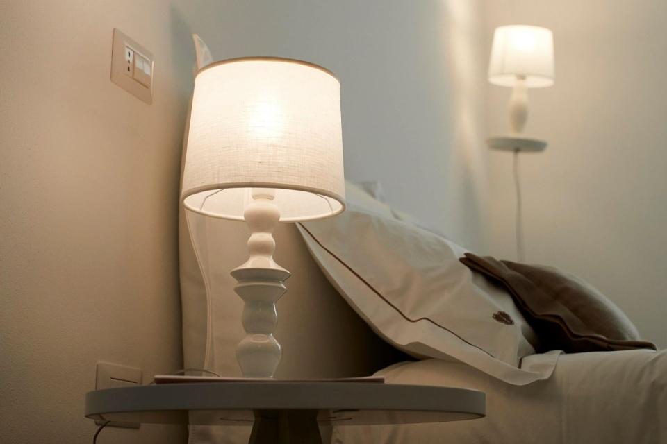 lampade-a-sospensione-camera-da-letto