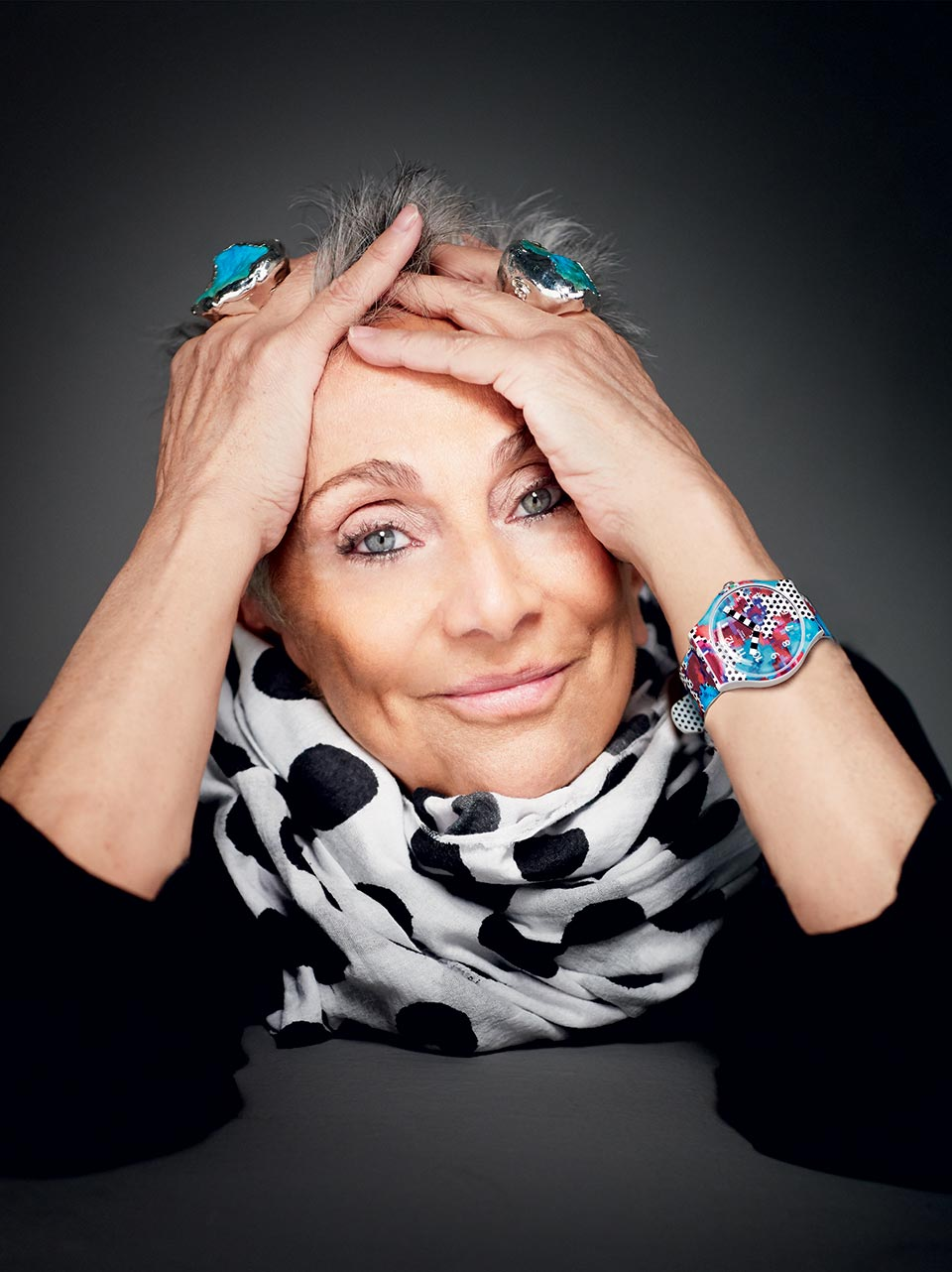 Paola Navone (ph. Giovanni Gastel)