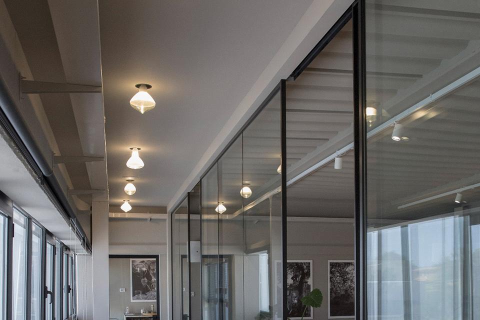Illuminare corridoi di hotel con le lampade Karman