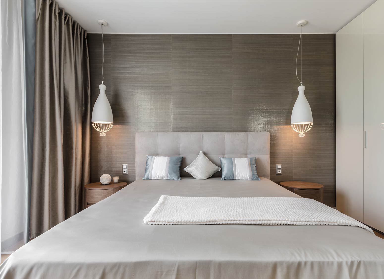 10 modern suspension lamps for the bedroom by Karman