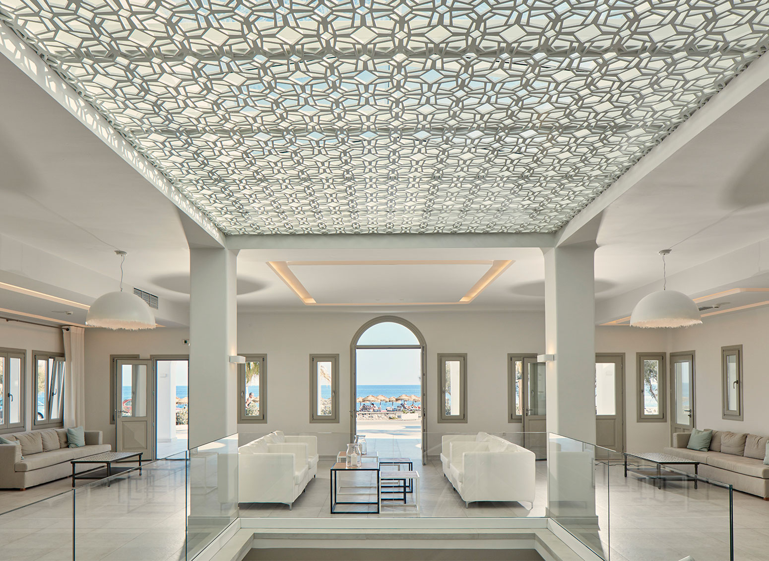 Contract lighting for hotels and accommodation facilities: Karman lamps